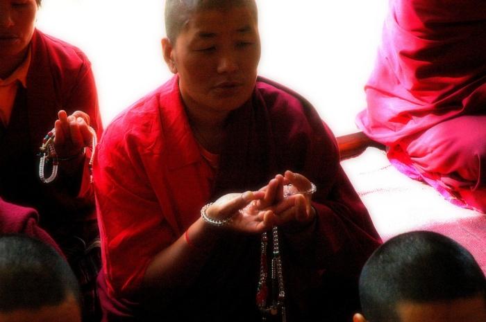 tibetan-nuns
