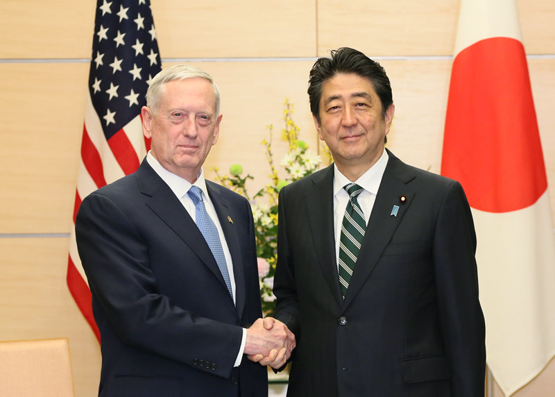 James_Mattis_and_Shinzo_Abe_20170203_1